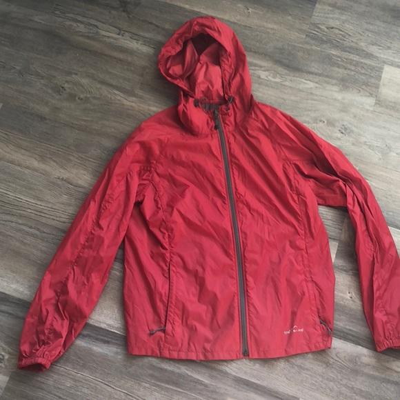 eefc4ae7a7af Eddie Bauer Jackets   Blazers - Eddie Bauer Lightweight rain jacket